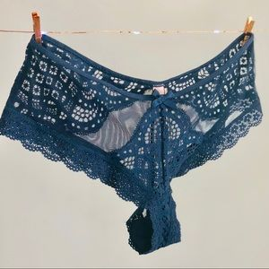 Victoria's Secret dark blue lace cheeky panty - XS